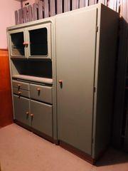Altes Küchenbuffet mit Nebenschrank
