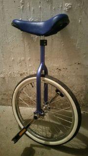 Blau Einrad