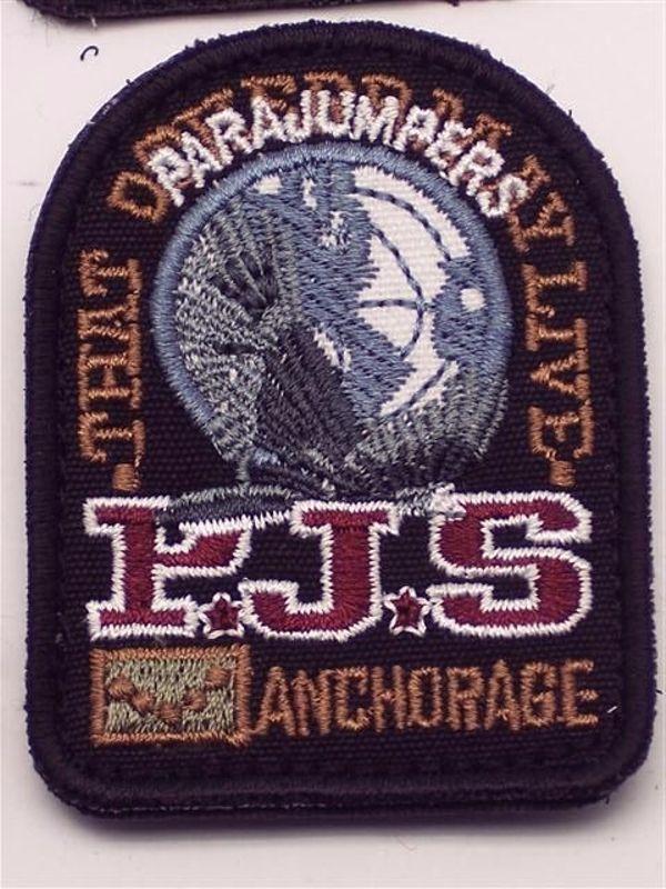 parajumpers emblem