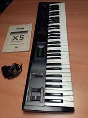 KORG X5 Synthesizer Keyboard