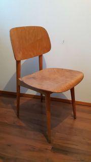 2 Holzstühle 70er Jahre