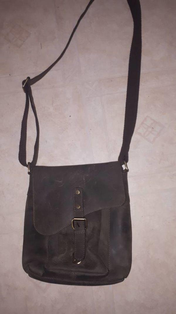 d38433e2c75aa Rubrik  Kleidung   Accessoires · Urban Forest echt Leder umhängen Hand  Tasche