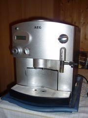 KAFFEEVOLLAUTOMAT AEG CaFamosa CF 40