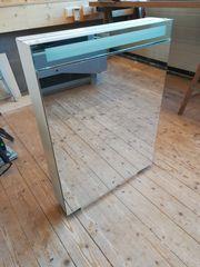 Spiegelschrank Keller