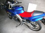 Yamaha SZR 660 in blau