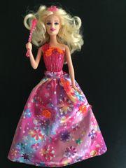 Barbie aus