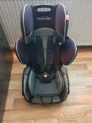 Kinder Autositz gut erhalten