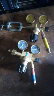 Gas und Sauerstoffarmatur /