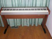 Verkaufe E-Piano