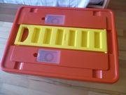 Spielzeugbox mit Rollen und Deckel