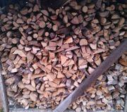 Anfeuerholz Kaminholz Trocken