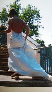 Brautkleid / Hochzeitskleid zu