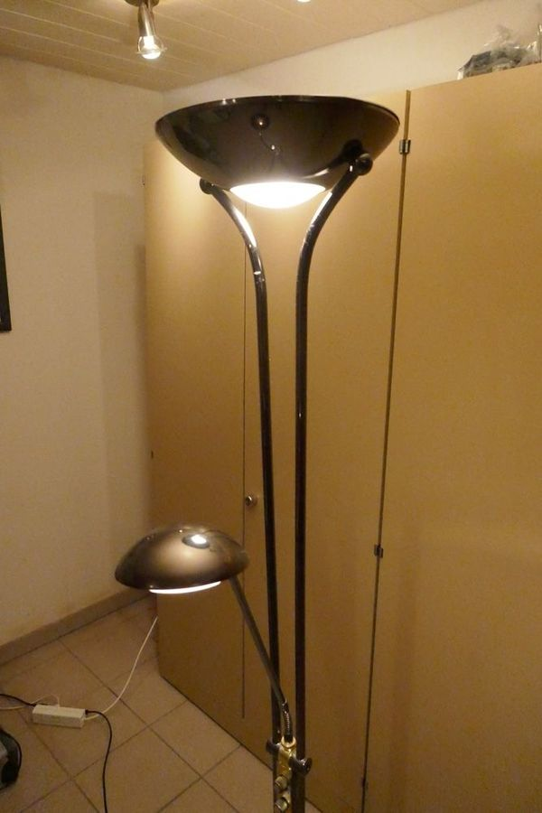 stehlampe mit leselampe dimmbar cheap led dimmbar mit flexibler leselampe und fluterkopf led. Black Bedroom Furniture Sets. Home Design Ideas