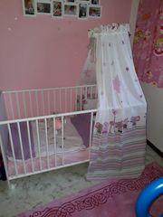 Baby Kinderbett weiß mit Himmelstange