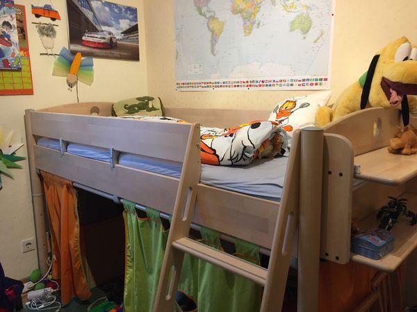 Etagenbett Mit Rutsche Günstig : Kinderbett hochbett samuel buche vollholz massiv mit rutsche weiß