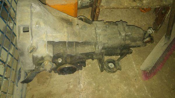 5Gang Schaltgetriebe VW PASSAT (32B) 1979-1989 - Gunzenhausen Cronheim - Verkaufe Passat Getriebe im guten Zustand.Abholung ist am besten. - Gunzenhausen Cronheim