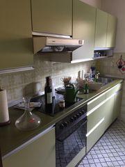 Komplette Küche zu