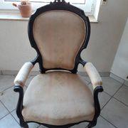 Zwei Stühle wie aus einem