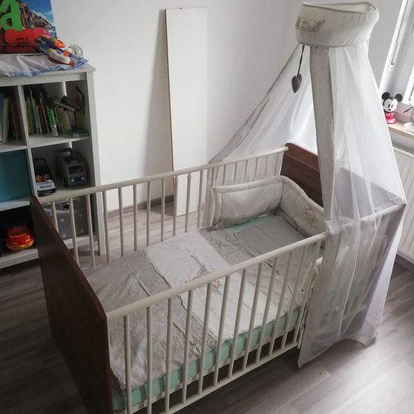 Kinderzimmer Babybett Himmel Nestchen Kinderbett Wickelkommode