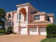 versierter Immobilienmakler mit