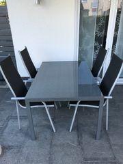 Terrassen Tisch mit