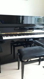 Klavier Linden Kawai schwarz mit