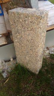 Waschbeton-Blockstufe