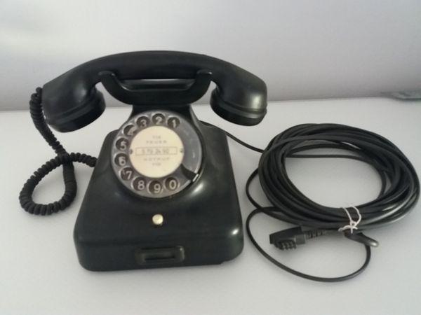 Nostalgisches schwarzes Wählscheiben Telefon