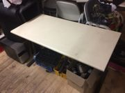 Büro Tisch