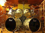Rock-Drummer 50J aus Hilden sucht