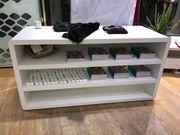 Hochwertiger Vorlegetisch für Einzelhandel Modegeschäft