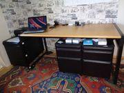 Schreibtisch mit 3 Rollcontainer