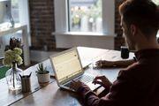 Moderne Heimarbeit mit PC-Job für