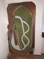 Fleischmann Modelleisenbahnplatte mit Gleisen