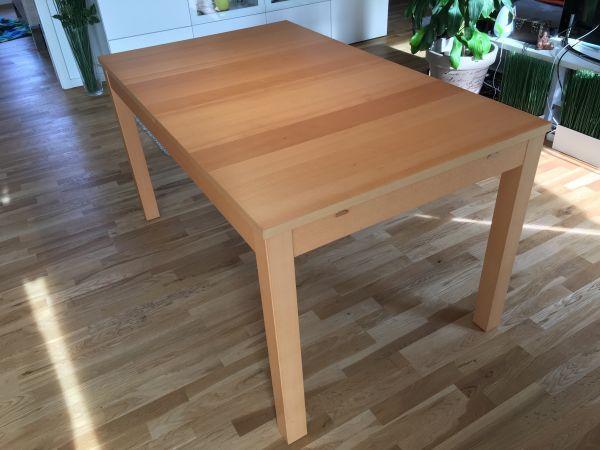 IKEA Bjursta Tisch Esstisch 2 fach ausziehbar 140 / 180 / 220 x 80 cm, Buche - Rosenheim Innenstadt - Verkaufe einen IKEA Bjursta Tisch.Der Esstisch ist 2-fach ausziehbar von 140x80cm auf entweder 180x80cm oder 220 x 80 cm. Er hat zwei Zusatzplatten, die im Tisch verstaut werden können.Die Farbe ist Buche furnier.Guter Zustand.Alte - Rosenheim Innenstadt