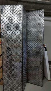 Raumteiler aus Metall