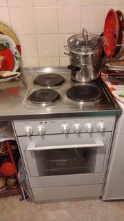 Küche- Elektroherd, Waschbecken
